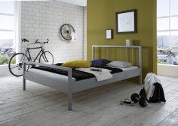 Metalen bed Sabrina zilver