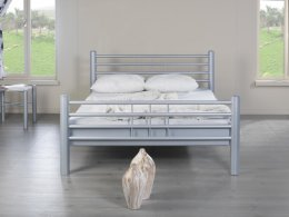 Mooi modern metalen bed