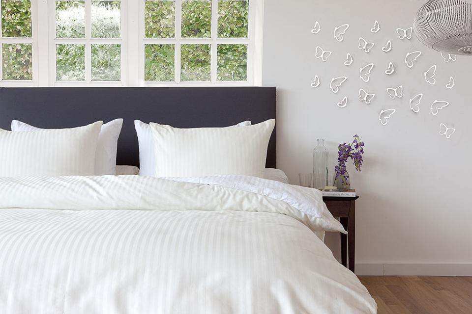 Creme dekbedovertrek katoen satijn slaapkamerweb