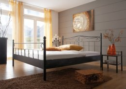 Metalen bed Zypern